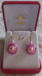 Petites boucles d'oreilles rose dsc_0735-168x300